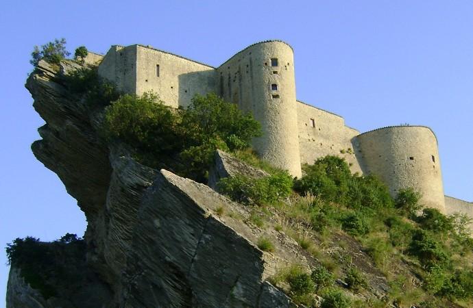 Castello_di_Roccascalegna1140